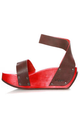 eefad845ed4 TRIPPEN - High Gleam Clog In Cowhide Leather And Wood    Ivo Milan