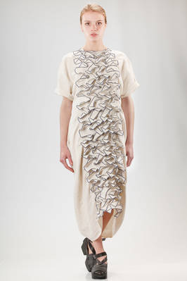 long, wide and slightly asymmetric dress in linen cloth with fabric petals  - 331