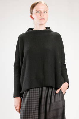 wide hip length sweater in yak knitting  - 195
