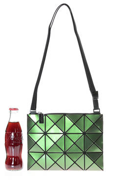 crossbody bag of small dimensions made of small, iridescent and polished triangular LUCENT METALLIC plates  - 237