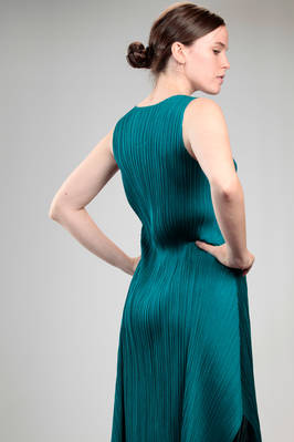 calf length dress in polyester plissé with narrow vertical pleat - PLEATS PLEASE Issey Miyake