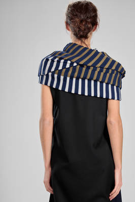 wide ring scarf in stockinette stitch in wool, acrylic, cotton and polyester - PLEATS PLEASE Issey Miyake