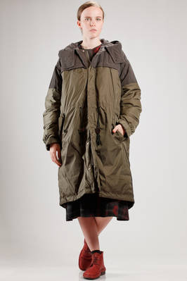 long and wide padded jacket in cotton and nylon taffetas with contrasting color parts  - 121