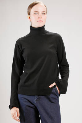 hip length sweater in very light wool, cashmere and silk stockinette stitch  - 121