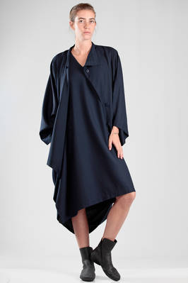 132 5. Issey Miyake – wide and asymmetric overcoat in wool and polyester canvas  - 47