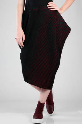 long and asymmetric skirt in wool, polyester and nylon plissé with a velvet soft knit effect  - 47