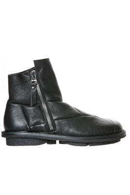 FLINT boot in shiny cowhide leather, felt lined  - 51