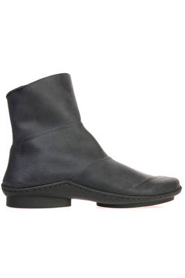 LEVEL ankle boot in matt and treated cowhide leather with rubberized effect  - 51