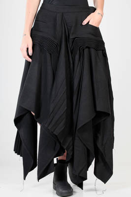 long, wide and asymmetric 'sculpture' skirt in polyester, nylon and wool flannel that changes towards blue, cupro lined  - 73