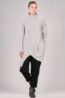 long, asymmetric and wide sweater in soft wool and polyester knit  - 73