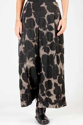 wide trousers in very soft and light virgin wool cloth with floral shadows print, polyamide lined  - 292
