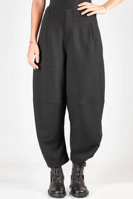 wide trousers in virgin wool crêpe, polyamide lined  - 292