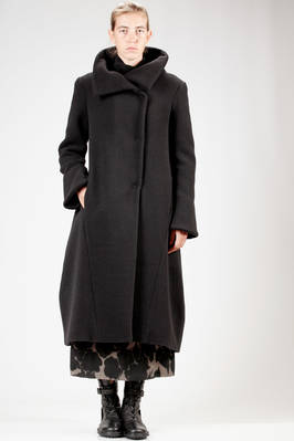 long coat in heavy and soft wool and angora cloth, polyester and lycra lined  - 292