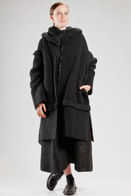 wide calf length coat in soft and heavy wool, polyamide, yak, cotton and punched elastane knitting  - 227