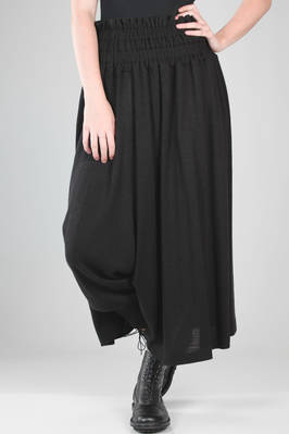 long and wide divided skirt in ribbed acrylic and wool knitting  - 340