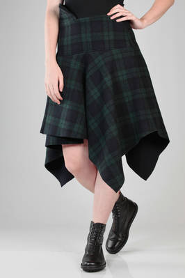 calf length skirt in heavy wool, polyester and nylon tartan  - 340
