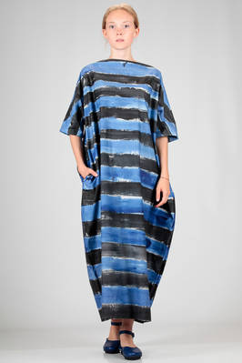 long and wide dress in cotton canvas with horizontal handmade brushstrokes in shades of blue and lighter blue  - 195