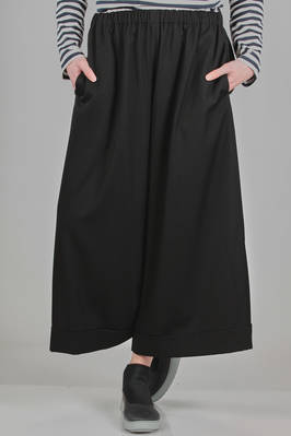 wide trousers in woollen twill  - 157