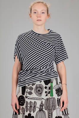 hip length t-shirt in cotton jersey with bicolor horizontal lines  - 74