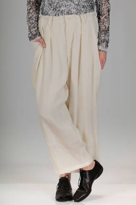 wide trousers in really soft linen and viscose canvas, cupro lined  - 97