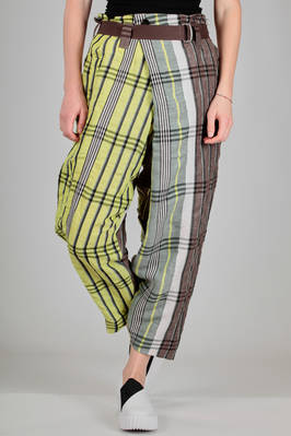wide trousers in linen, lyocell, cotton and polyester madras  - 47