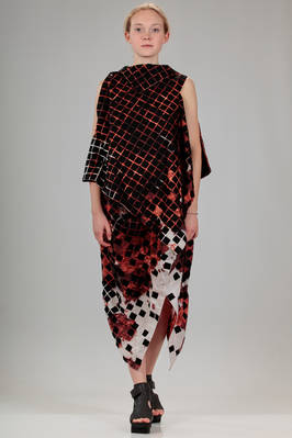 knee length dress in polyester cloth with contrasting colour medium squares on a base of cotton jersey and lyocell with 'Icelandic erupting volcano' stamp  - 47