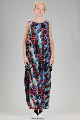 long and wide dress in stretch jersey of triacetate, polyester and polyurethane with multicolour 'lava and ice' pattern  - 47