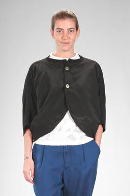 short jacket, wide on the front, in cotton and cupro canvas, the back in rayon and cotton  - 121