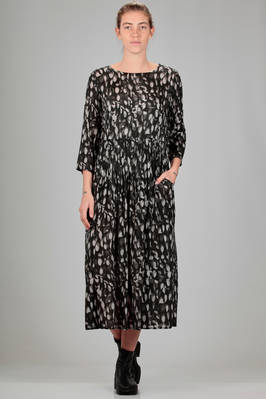 longuette dress in cupro sateen with 'light reflected by crystals' print  - 121
