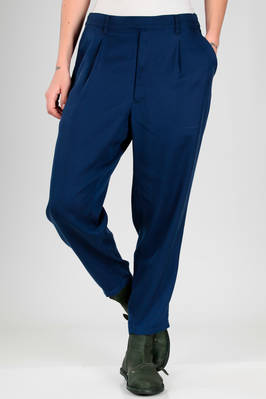 man trousers in soft lyocell twill  - 121