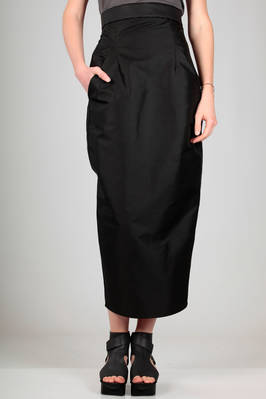 longuette sheath skirt in technical canvas of polyamide and cotton with 'dents' effect  - 120