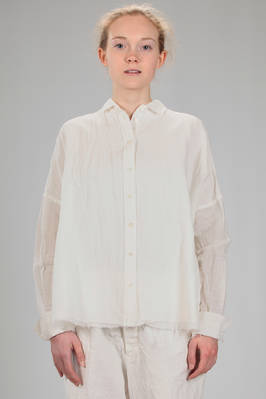wide shirt in linen crêpe, cotton and cupro twisted with thin squares on cotton voile  - 161