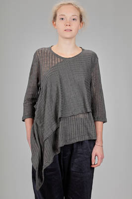 wide and asymmetrical t-shirt in very light jersey of linen with horizontal lines  - 161