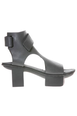BOLLARD sandal with 'Japanese' sole in matt cowhide leather  - 51