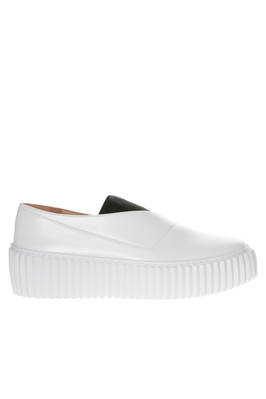 sneaker shoe in smooth leather, elastic and rubber sole  - 47