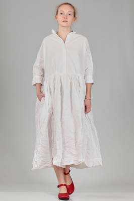 wide, longuette dress in poplin of washed and wrinkled 'crisp' cotton  - 347