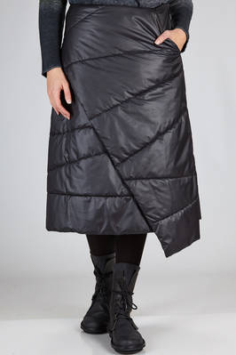 asymmetrical calf length skirt in shiny polyester canvas, padded in polyester  - 357