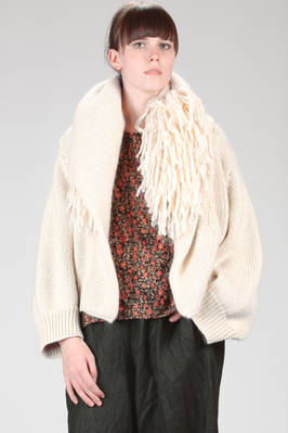 hip length cardigan in natural woollen and polyamide knitting with fur stitch on the neck - BOBOUTIC