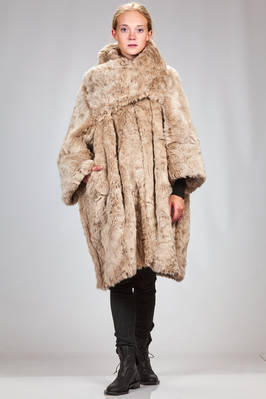 long and wide coat in very soft fake fur of acrylic and polyester  - 74
