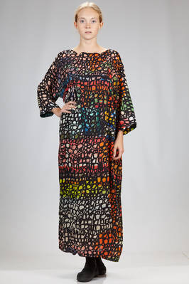 wide and long dress in silk crêpe de chine with 'pomegranate' printed pattern  - 195