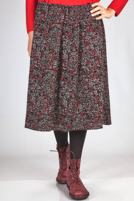 wide knee length skirt in loom made wool jacquard  - 195