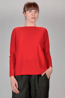 wide hip length sweater in knitted merinos wool  - 195