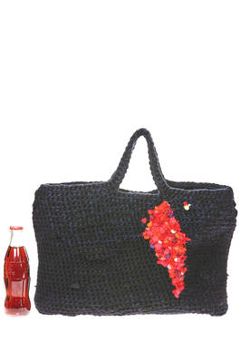 bag shaped as a rectangular bucket of medium dimensions in bicolor wool crochet with a tight wave  - 195