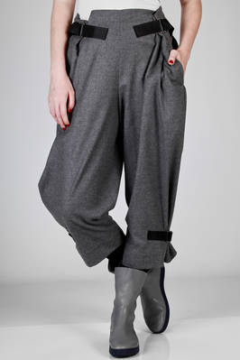 short and wide trousers in melange vicuna of stretch wool, nylon and polyurethane  - 47