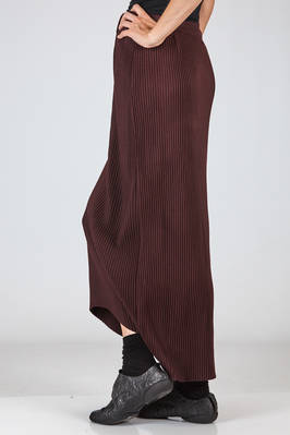 long and symmetrical skirt in polyester flannel with vertical reeds - ZUCCA