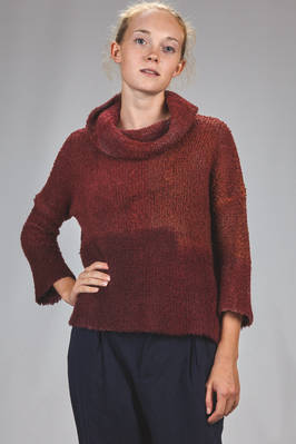 hip length sweater in bouclé knitting of wool, cashmere and polyamide with shaded blocks  - 262