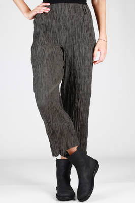 trousers in vertical polyester froissé  - 123