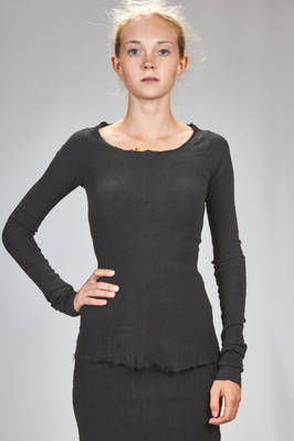 hip length t-shirt in stretch polyamide, silk and elastane froissé  - 163