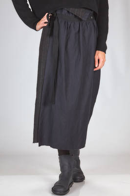 longuette skirt in wool and linen denim with thin vertical stripes and panel in wool flannel  - 346