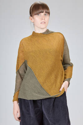 hip length sweater in bicolor woolen gauze with diagonal melange blocks  - 327